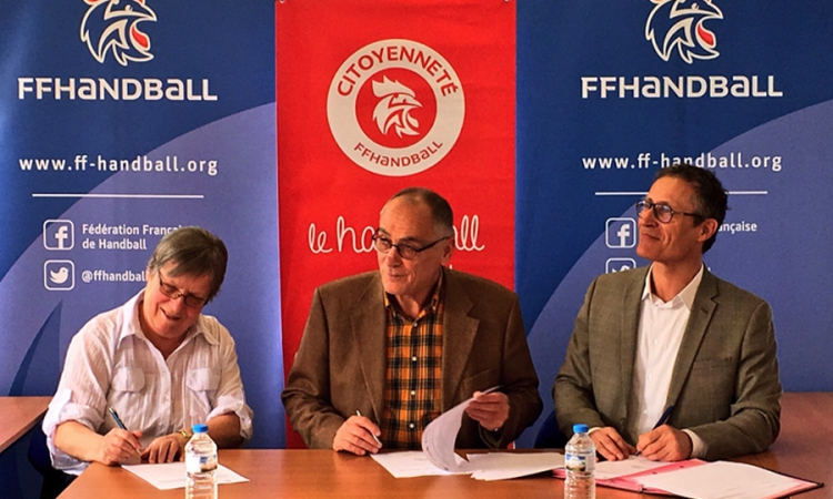 Signature convention tripartite ligue / FFHandball / Premiers de cordée